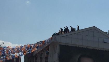 فيديو: محاولة انتحار بمبنى حزب العدالة والتنمية في مدينة بورصة التركية