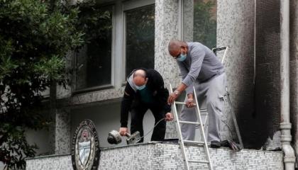 هجوم بقنابل المولوتوف على سفارة كوبا في باريس