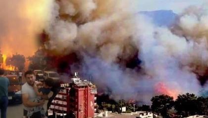 سلطات مدينة بودروم التركية تخلي ثلاثة فنادق بسبب حرائق الغابات