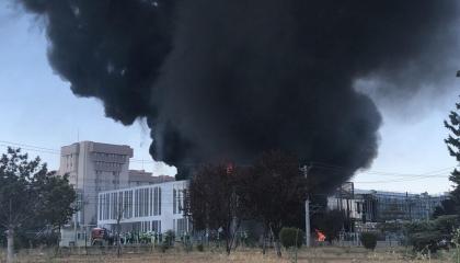 اندلاع حريق هائل في مستشفى بأنقرة