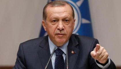 أردوغان الوكيل الحصري للتسول: يستجدي التبرعات ويحاكم المستغيثين من الكوارث!