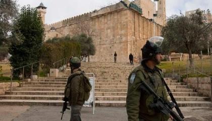 اشتباكات بين قوات الاحتلال الإسرائيلي والمصلين في المسجد الإبراهيمي