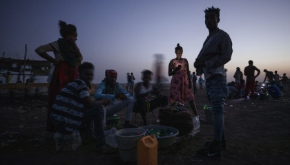 حقيقة تهريب أمريكا المخدرات للإثيوبيين مع المساعدات الإنسانية