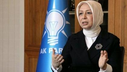 نائبة بحزب «أردوغان» ترتدي حذاء بـ12 ألف ليرة