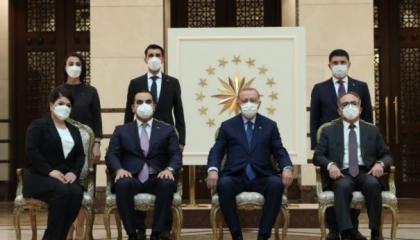 أردوغان يستقبل سفيري بوليفيا وطاجيكتسان في أنقرة