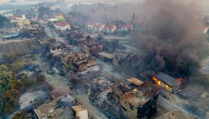 تحسبًا للحرائق.. مد حظر دخول الغابات في مدينة أنطاليا التركية إلى 30 سبتمبر