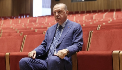 حزب أردوغان يتودد إلى مصر.. ويعلن حجم التجارة بين القاهرة وأنقرة في 2020