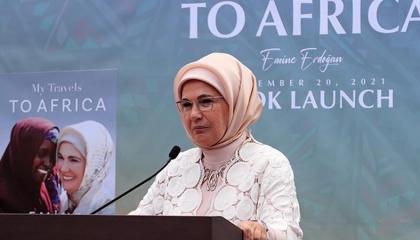 أمينة أردوغان تروج لكتابها «جولاتي الأفريقية» في نيويورك