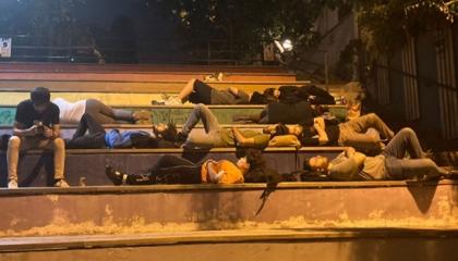 «لا نجد مأوى».. احتجاجات طلابية في 11 مدينة تركية بسبب غلاء السكن