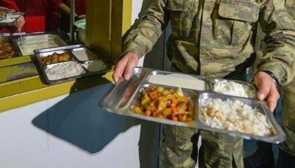 تسمم 20 جنديًا تناولوا أطعمة فاسدة في تركيا