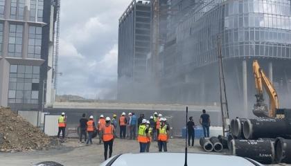 حريق بمبنى المركز المالي بمدينة إسطنبول