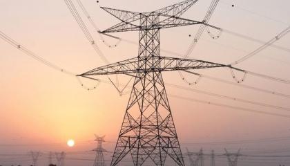 بـ1.8 مليار دولار.. مصر والسعودية توقعان عقود مشروع مشترك للربط الكهربائي