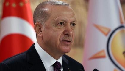 أردوغان للمعارضة التركية: لا تتدخلوا بيني وبين الشباب