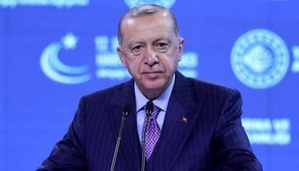 أردوغان يعلق على زيادة أسعار البنزين: حالنا أفضل من أمريكا وإنجلترا
