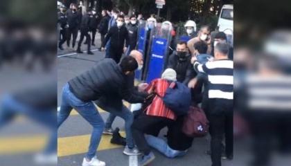 بالفيديو: الشرطة التركية تعتقل عددًا من طلاب جامعة بوغازيتشي