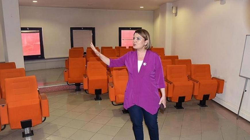 أعضاء الحزب الحاكم وحليفه لم يحضروا جلسة البلدية لأن الغرف لم تعجبهم