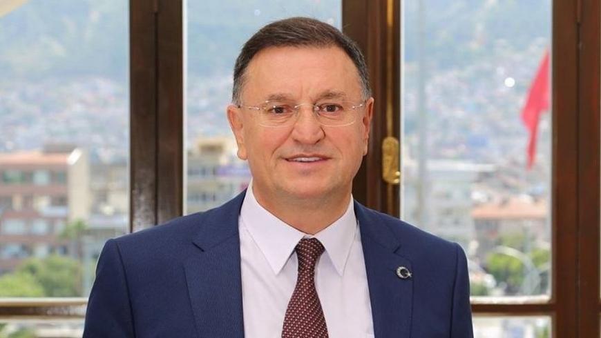 رئيس بلدية هاتاي