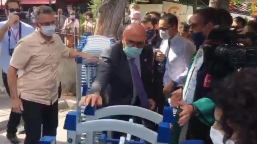 النواب أتراك ينضمون لاعتصام المحاميين