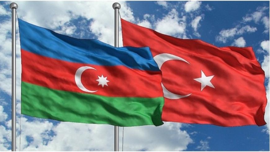 علما كلا من أذربيجان وتركيا