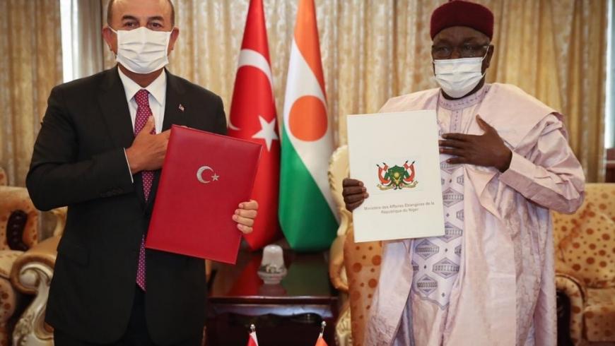 وزير خارجية النيجر ونظيره التركي