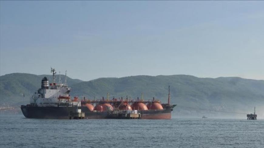 سفينة محملة بالغاز المسال