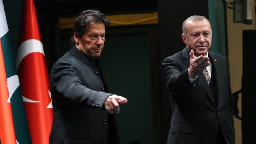 رئيسا تركيا وباكستان