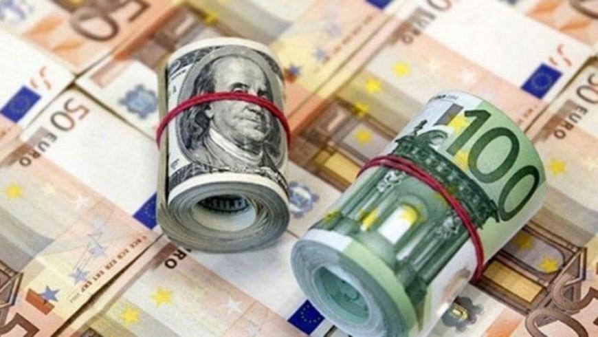الدولار والليرة