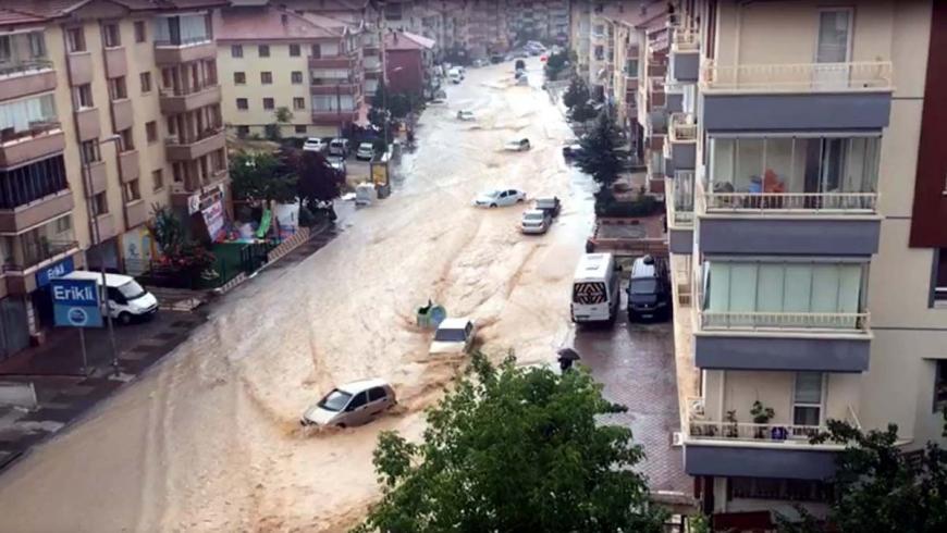 أمطار غزيرة بأنقرة