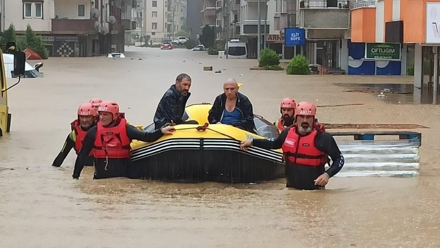 الفيضانات في تركيا
