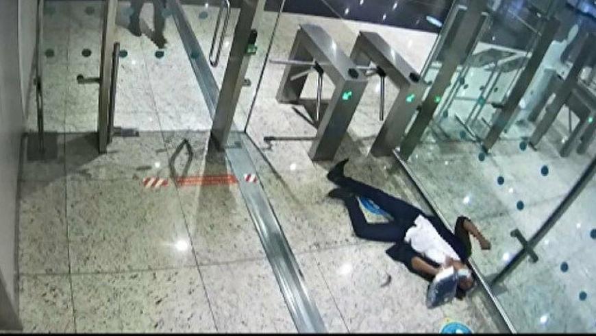 وفاة مهرب مخدرات بمطار اسطنبول