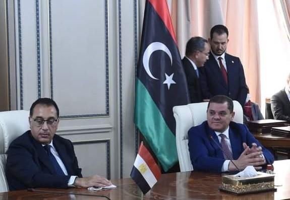رئيس الوزراء المصري ورئيس حكومة الوحدة الوطنية الليبية